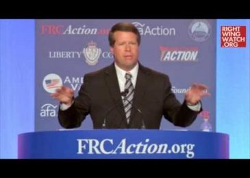 Jim Bob Duggar Compares Abortion to Genocide and USA to Nazi Germany
