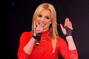 Britney Spears Endorses Pastor/Author Max Lucado
