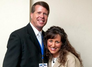 TLG Christian News-Entertainment-Jim Bob and Michelle Duggar Say They've Done Bible Study in the Bathtub-jim bob and michelle waterproof bible 300x219