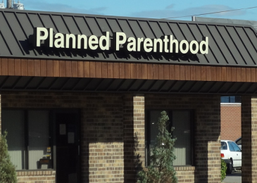 TLG Christian News-American-California Governor Signs Bill to Jail Reporters Who Film Undercover Footage at Planned Parenthood-plannedparenthood182 365x260